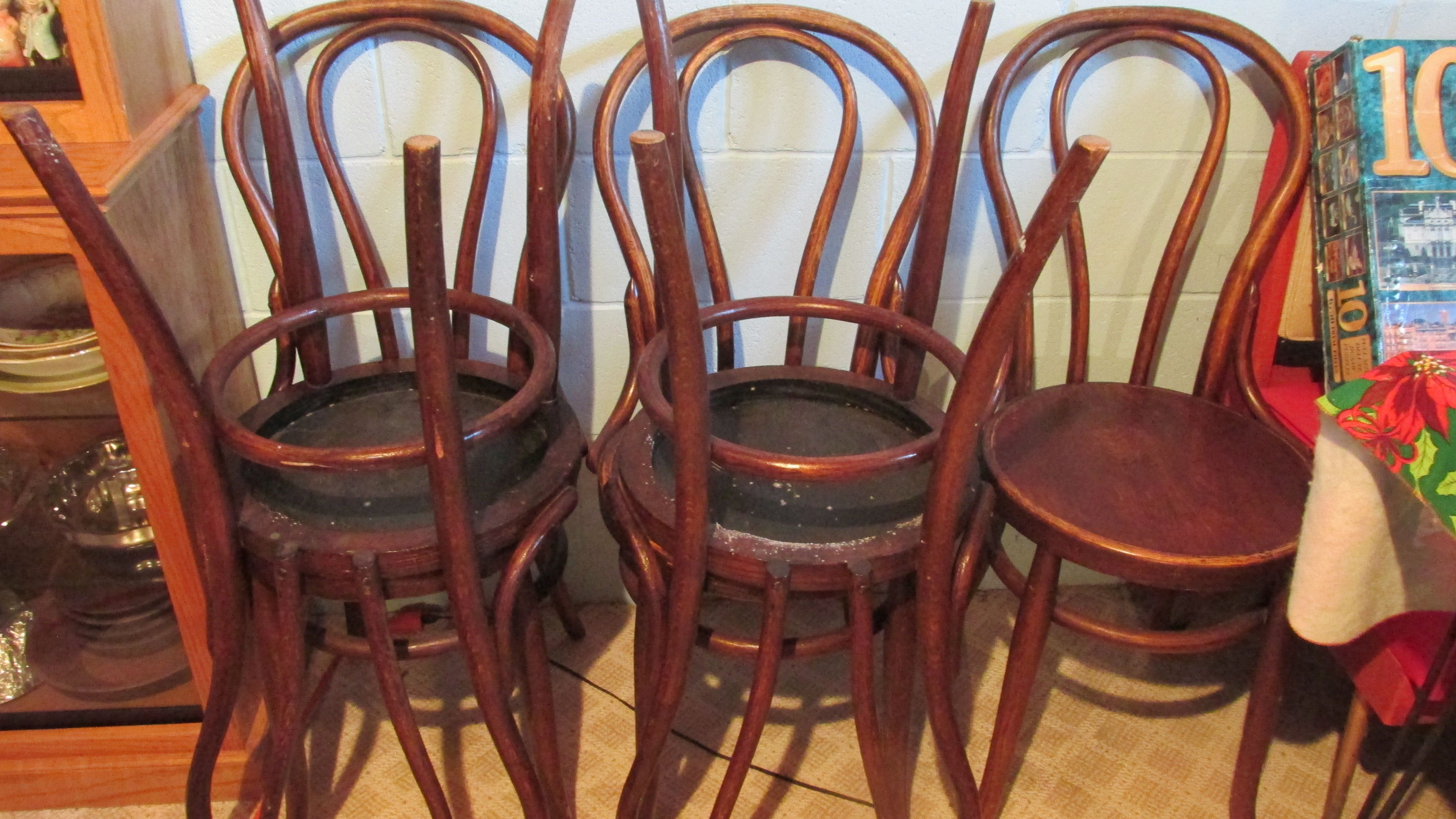 2.8 Chairs
