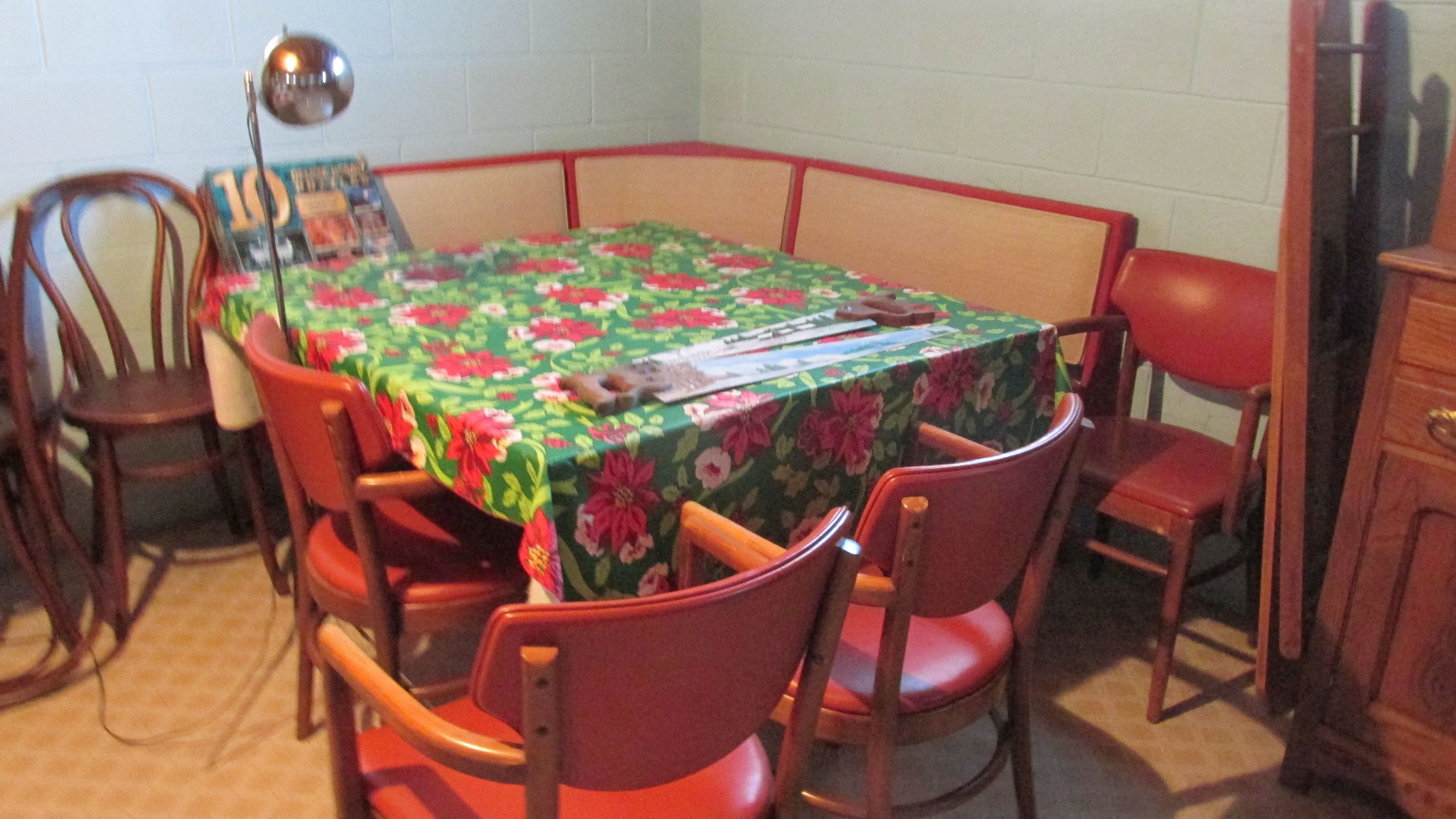 Corner Table Chairs and Booth