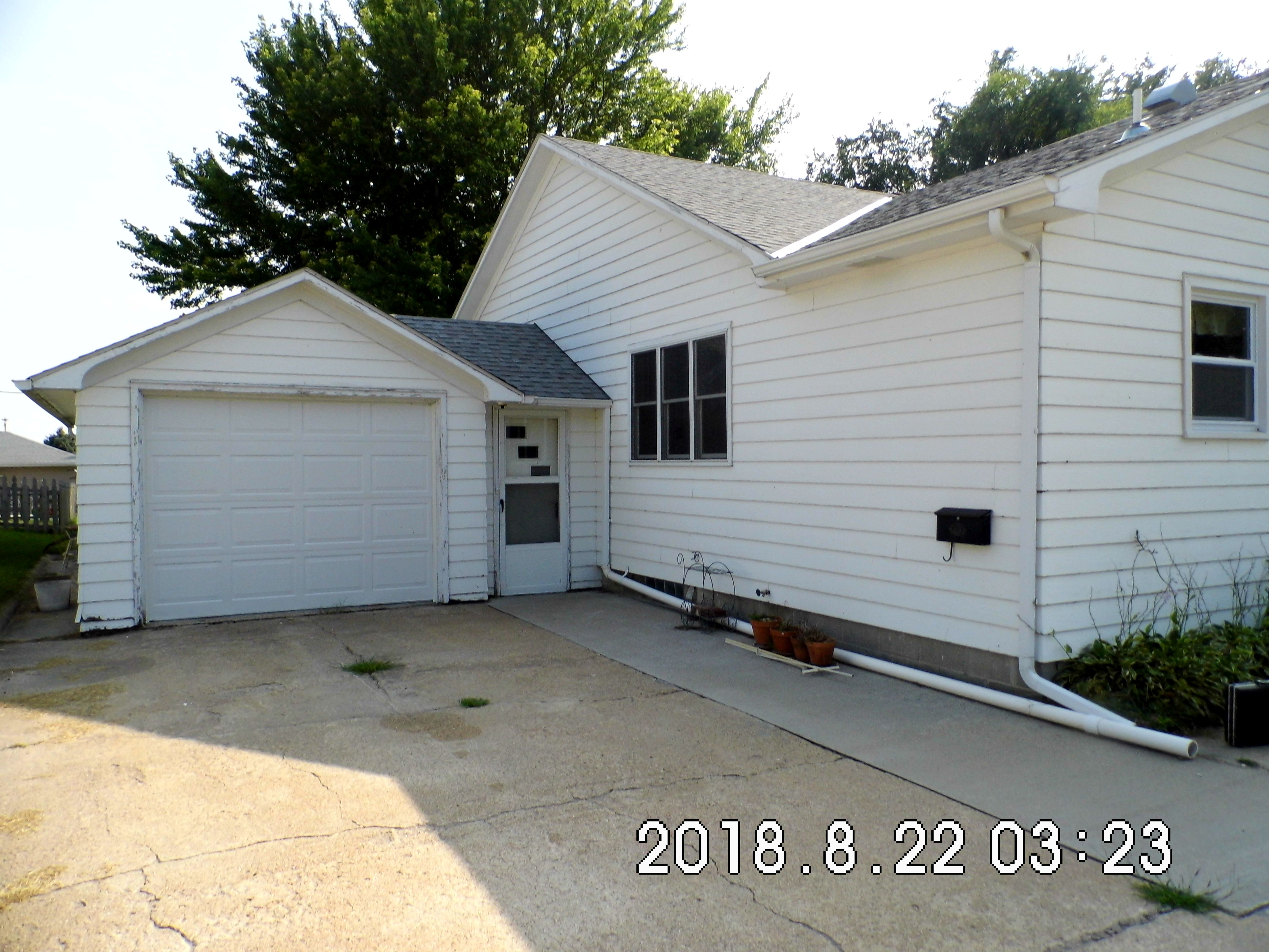 1.4 303 Elm St. Garage Front