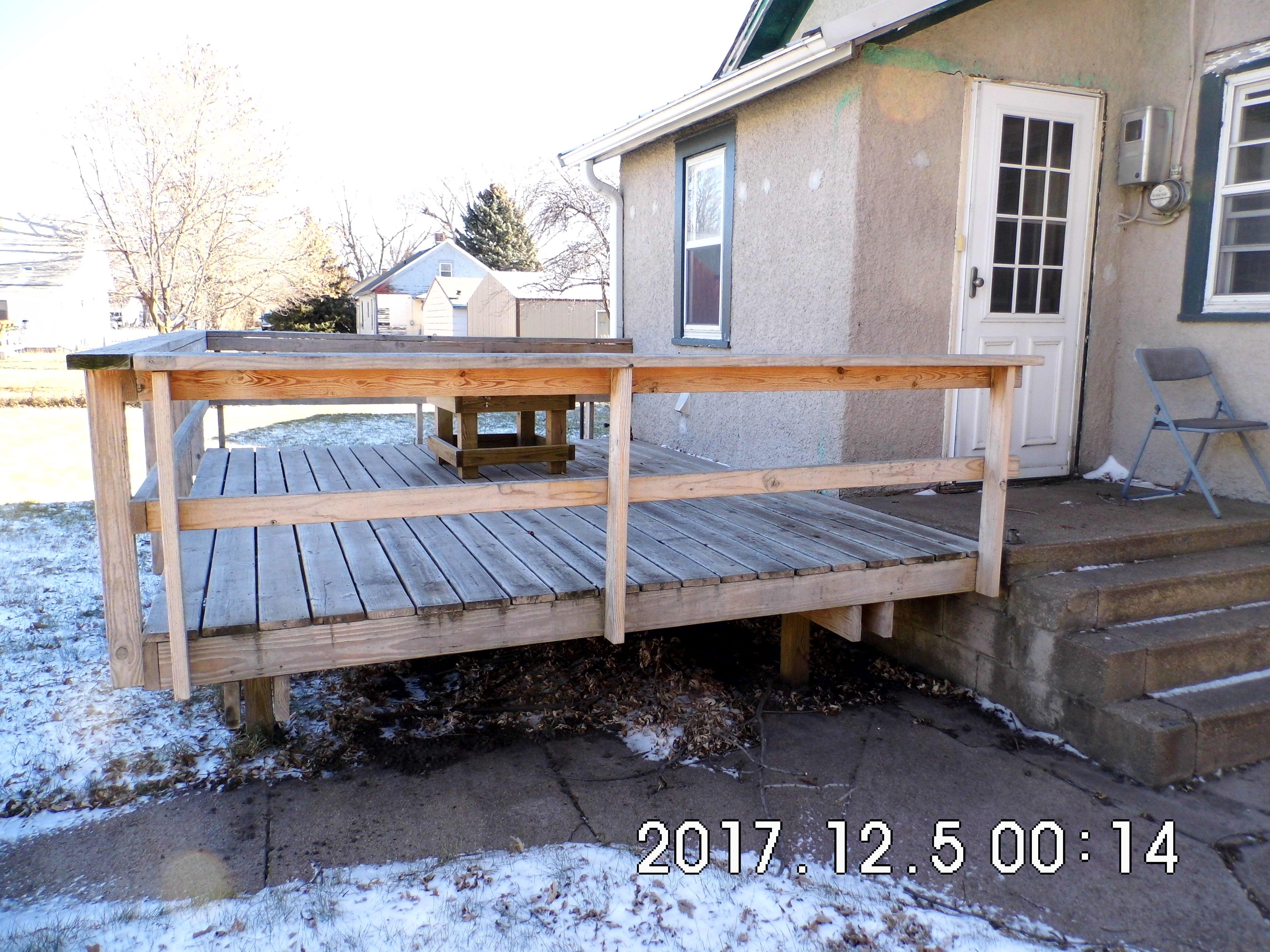 01.2 Rear Deck